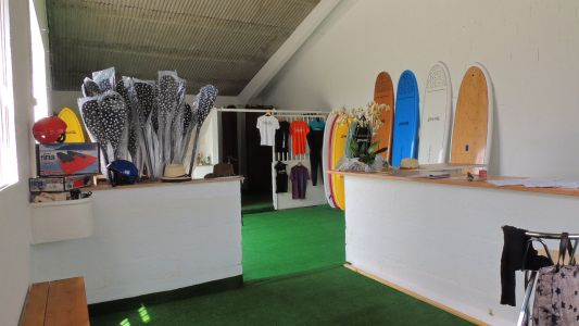 02 Surf School